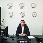 Victor Marin este absolvent al Institutului Politehnic Bucureşti, director general al Danemar Trading şi un om vizionar. A reuşit prin muncă, seriozitate şi profesionalism să simtă în vending o oportunitate,...