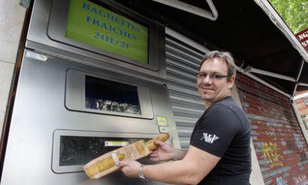 Primul automat de vending pentru pâine (baghetă) franțuzească în Paris