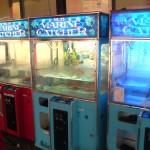 Patronilor unei restaurant din Framingham, Massachusetts le-a fost interzis să mai pună la dispoziție clienților un automat care eliberează homari vii. Localul Angry Ham Garage a fost somat de către...