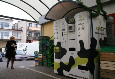 Automatele cu lapte câștigă popularitate în Europa