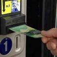 Oficialii companiilor producătoare de vending machines din Winnipeg, se plâng că au cheltuit mii de dolari, pentru a modifica aparatele să accepte noua bancnotă canadiană de 20 de dolari. Cel...