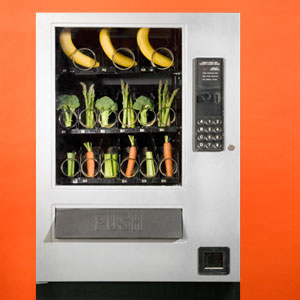 Liceul din West Palm Beach testează automate noi care promovează mâncarea sănătoasăWest Palm Beach high school testing new vending machines to promote healthier eating