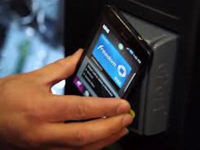 American Express și Isis își unesc platformele pentru Mobile Wallet (portofelul mobil)
