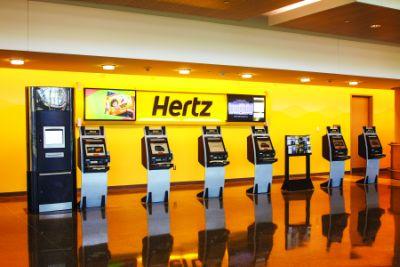 Hertz implementează cu succes tehnologia Live Kiosk