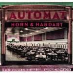 Restaurantele automate Horn & Hardart În 1902, Horn & Hardart au creat primul restaurant automat. Joseph Horn şi Paul Hardart și-au denumit aparatul de vending, automat. Aparatele de vending Horn...