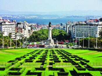 Liderii producătorilor de apă îmbuteliată se reunesc în Lisabona