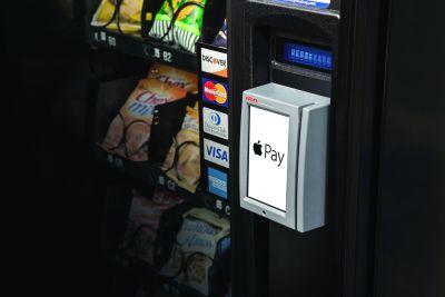 Apple Pay impulsionează vânzările din automatele de vending