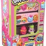 Producătorii de jucării promovează din ce în ce mai mult aparatele de vending în cultura pop Shopkins sunt o gamă variată de mici jucării, care pot fi colecționate, produse de...