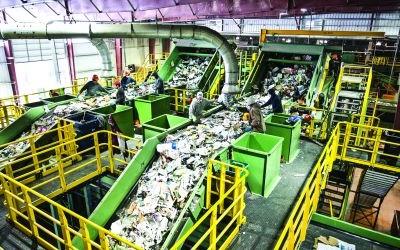 De ce este important să reciclăm automatele de vending Nu doar produsele pe care ni le livrează automatele de vending reprezintă un factor de risc pentru mediu, ci chiar vendomatele...