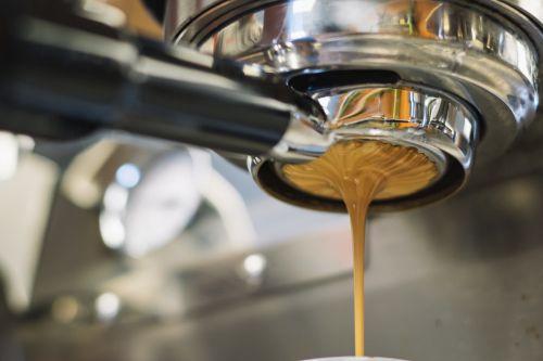 Cum afectează calitatea apei multe aspecte din pregătirea unui espresso