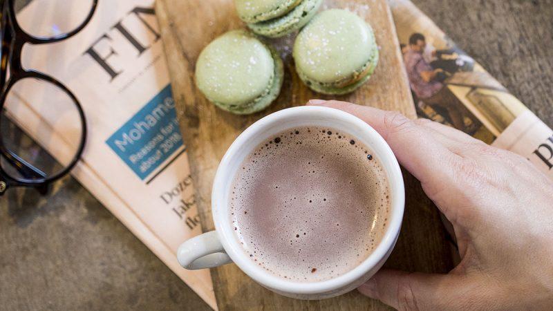 Caprimo a lansat o băutură desert cu totul nouă cu aromă de prăjituri Macaron franțuzești