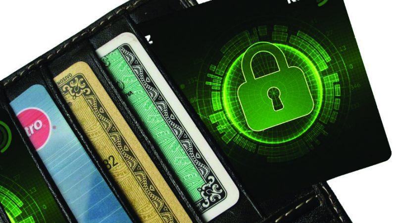 Cum rezolvați interferența RFID/NFC dintre cardurile din portofelul dumneavoastră