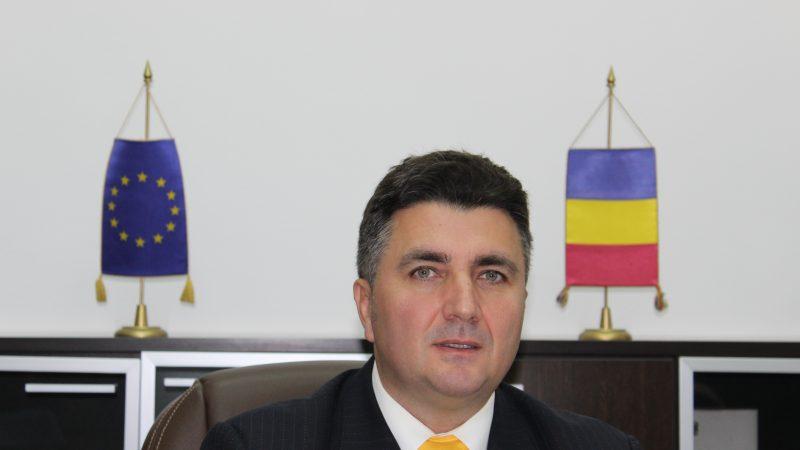 """Dr. Robert Chioveanu, Președinte Autoritatea Naţională Sanitară Veterinară şi pentru Siguranţa Alimentelor (ANSVSA): """"În Septembrie 2020 vom putea avea cu exactitate o situaţie privind numărul de automate de vânzare a produselor alimentare"""""""