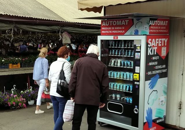 Primul automat cu produse de protectie impotriva COVID-19 a fost amplasat in Sibiu